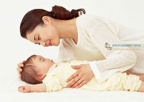 Cách tập cho bé ngủ giường 3