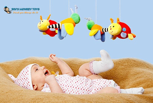 Tự làm đồ chơi cho bé sơ sinh 2